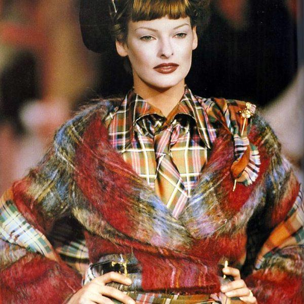 1993 Linda Evangelista in Vivienne Westwood
